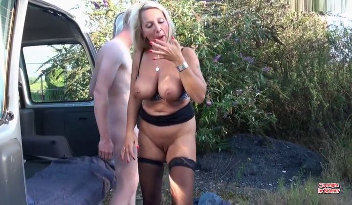 Big Boobs - Business-milf Bijenny